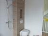 Eindresultaat toilet en douche badkamer